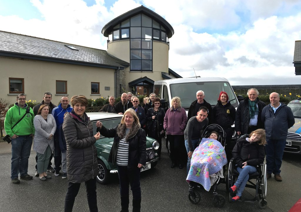 Little Harbour receives minibus donation from Legendary Grand Tour