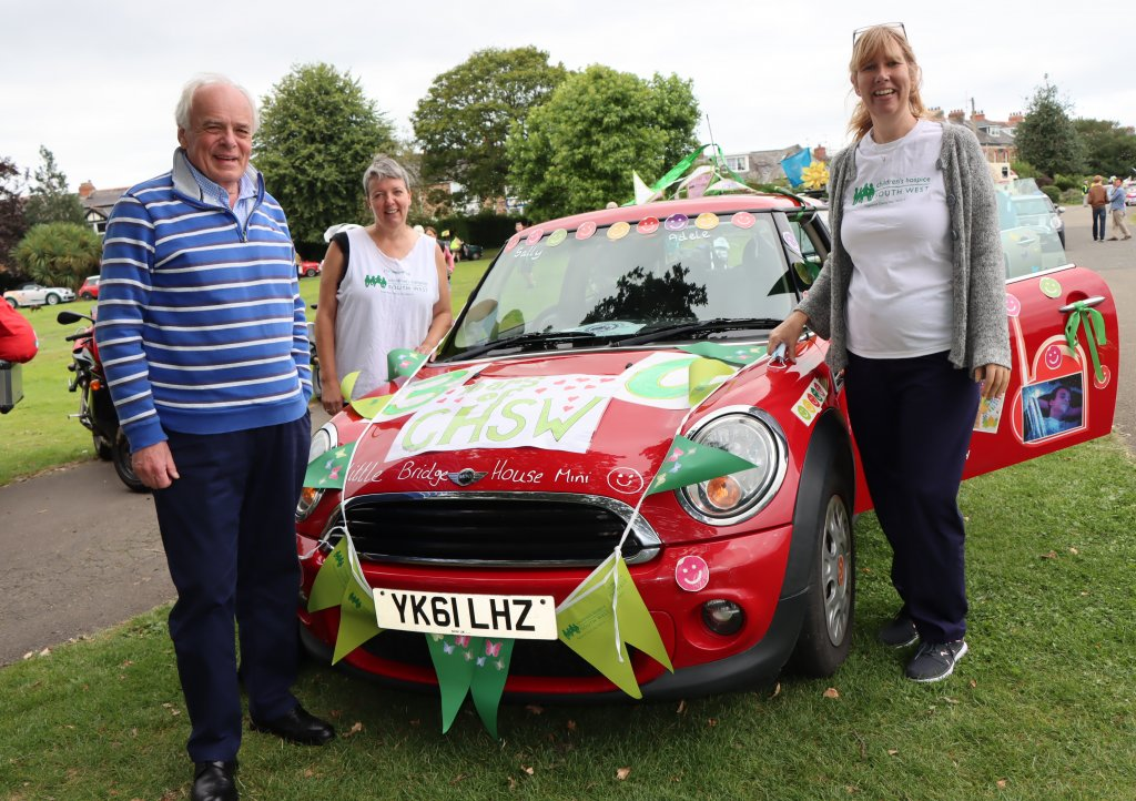 CHSW co-founder and chief executive Eddie Farwell at the Mini run with sibling team members Sally Norden and Adele Smyth-Richards.